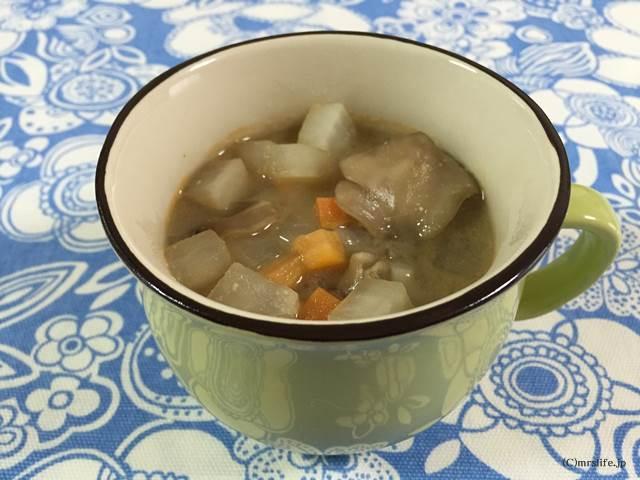 大根と人参のピリ辛スープ