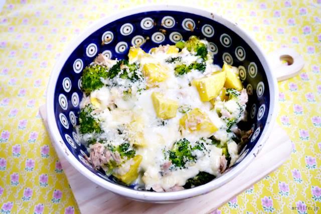 ブロッコリーとさつまいもの豆腐グラタン