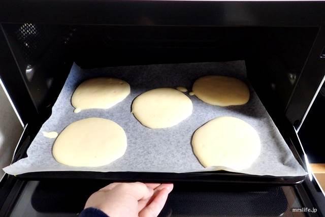 オーブンで焼く様子